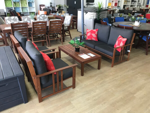 4-Piece-Thomas-Lounge-Setting